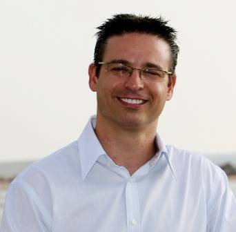 יובל פנקס - כותב ספרי לימוד עצמי - יסודות הביטוח